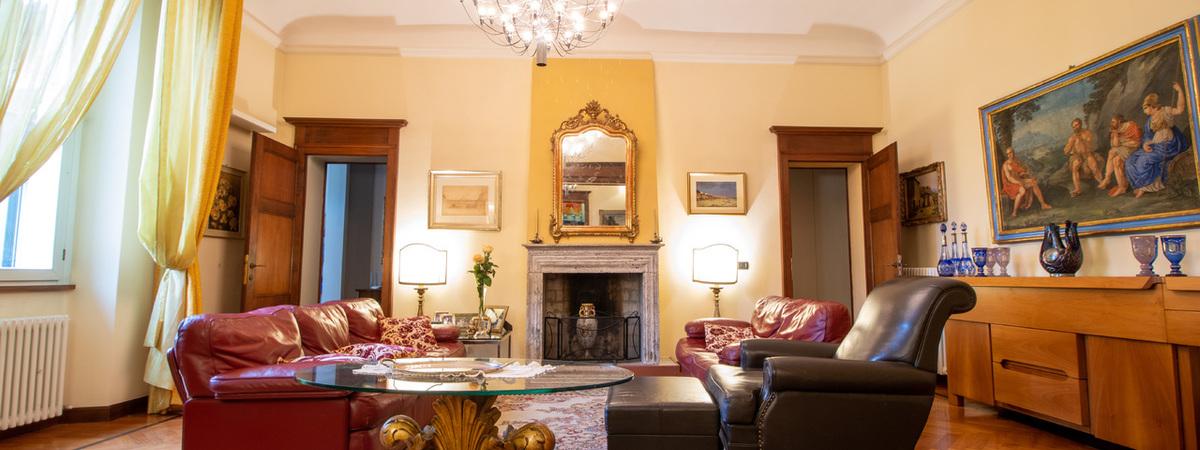 Appartamento signorile in piano nobile - faenza